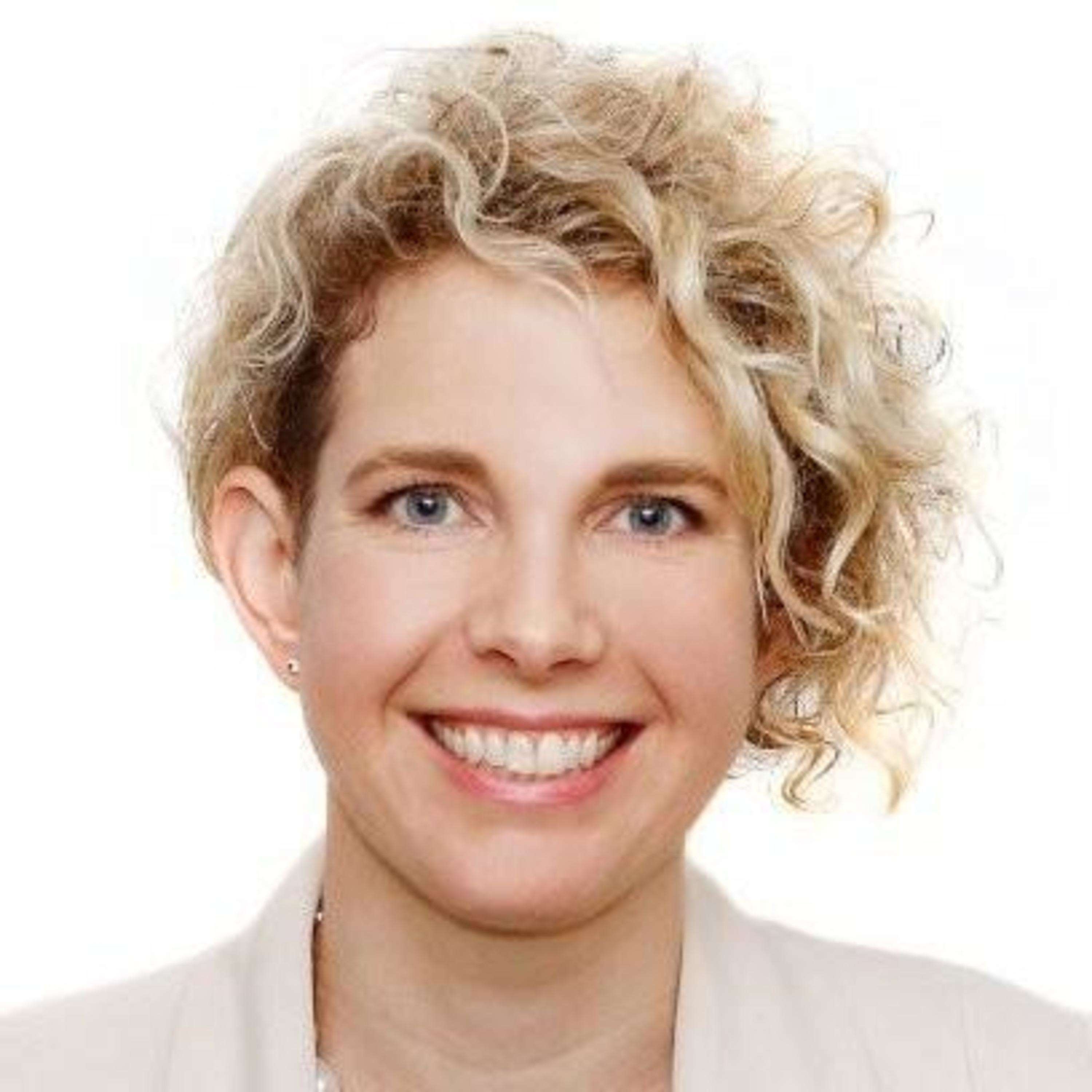 5: Fixed Vs Growth Mindsets & Psychologically Safe Workplaces - with Naomi Armitage